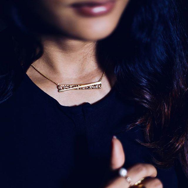 melorra gold necklet