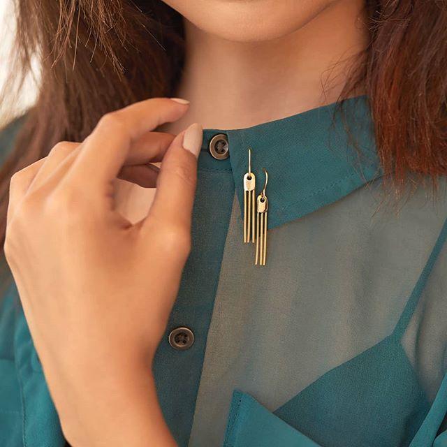 Buy gold earrings online