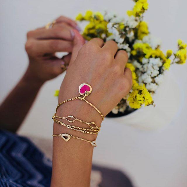 gold pendant enamel jewellery gold necklaces buy gold jewellery online