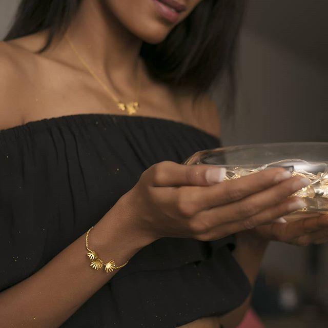 gold bracelet gold jewellery online