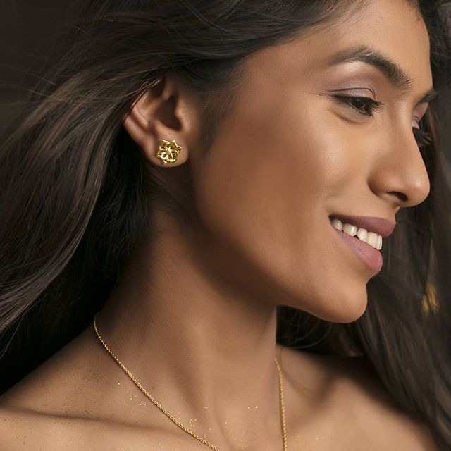 gold studs gold jewellery buy gold jewellery online