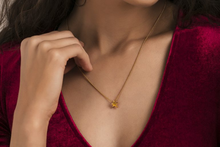 Gold Pendant Melorra.com