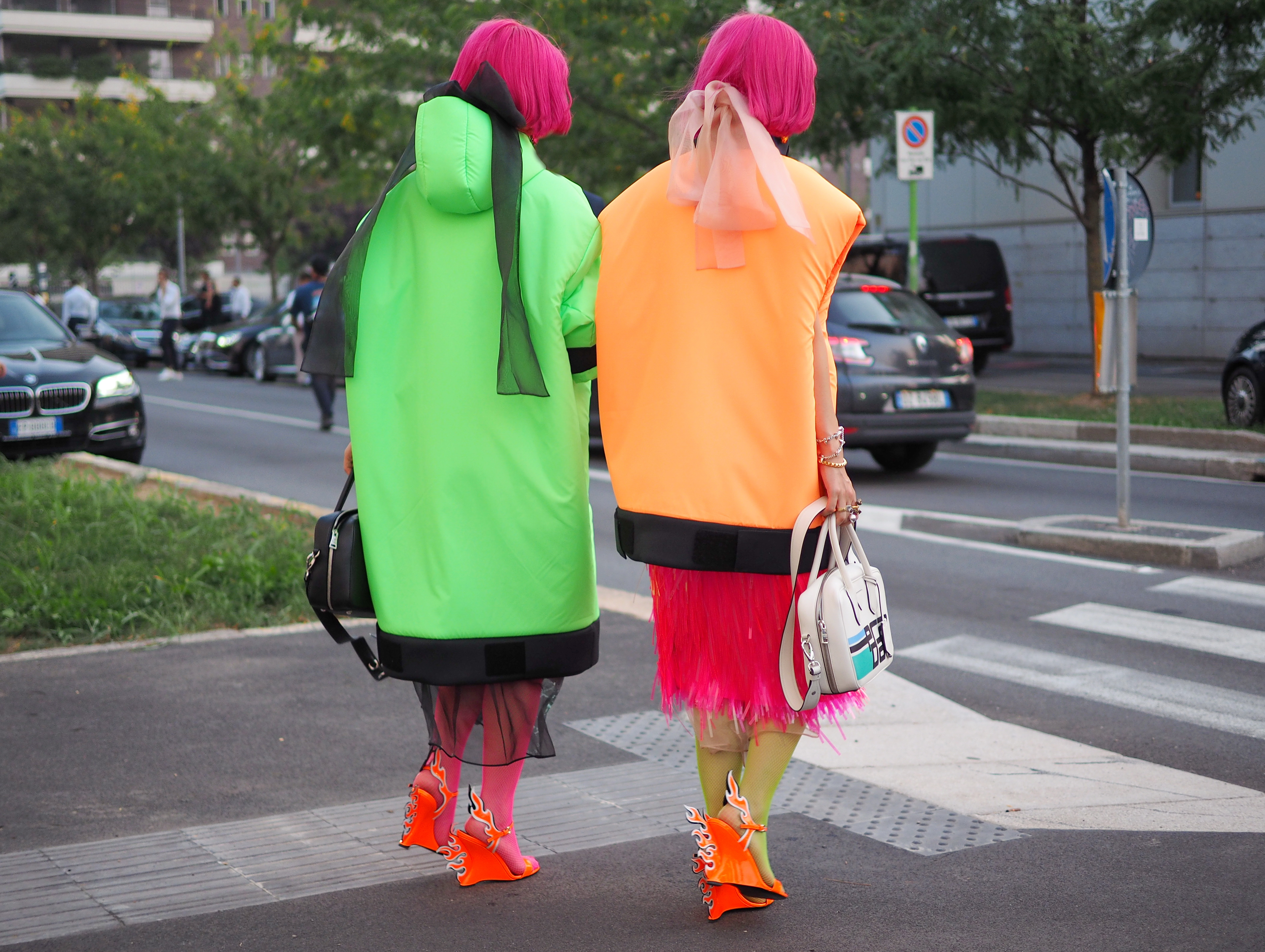 AW:18/19 - Pop Goes the Neon Fashion #Trendalert