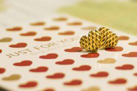 gold studs gold jewellery