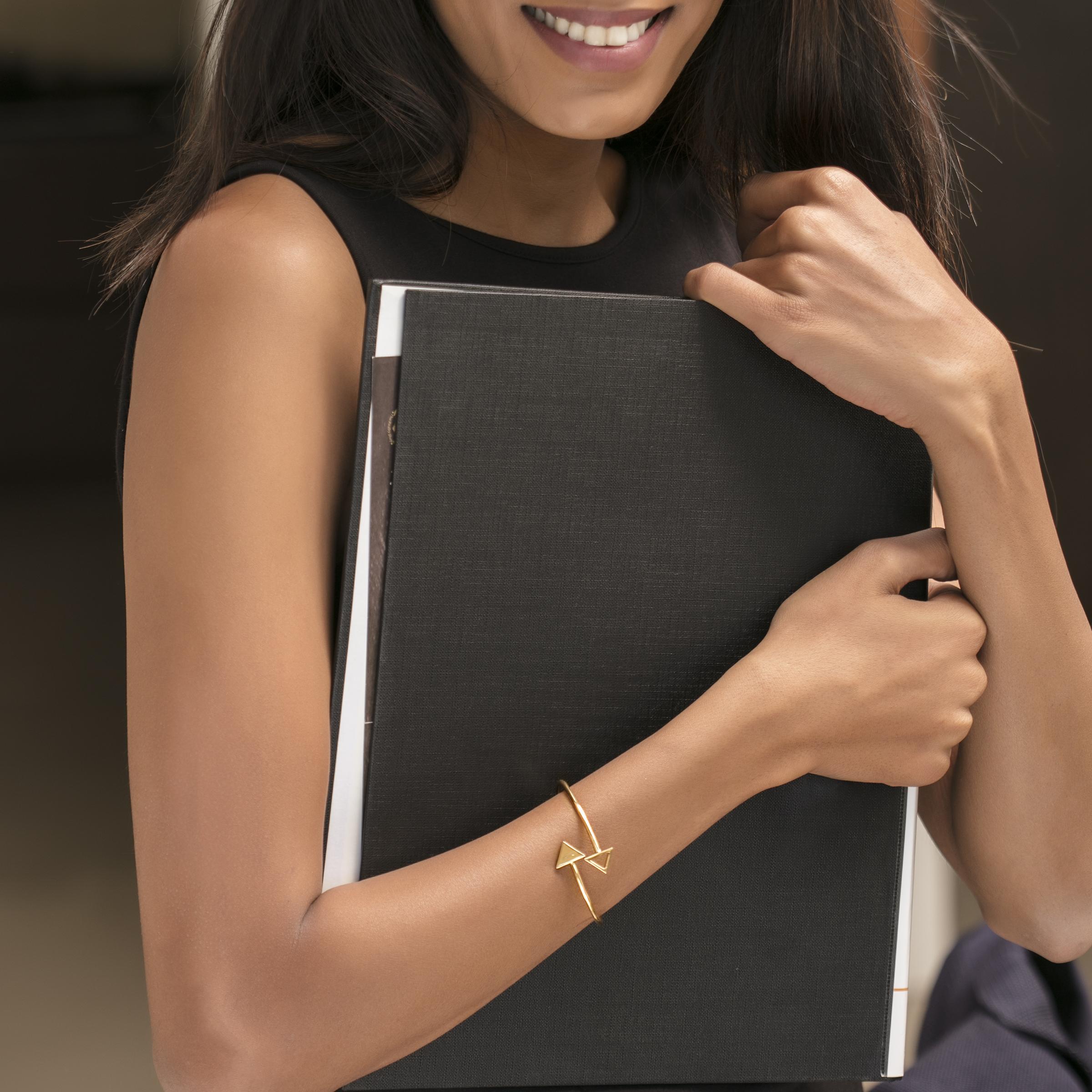 gold jewellery gold bracelets