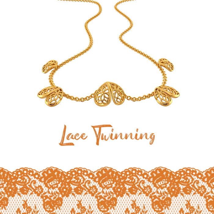 Fashion's Lace Replay