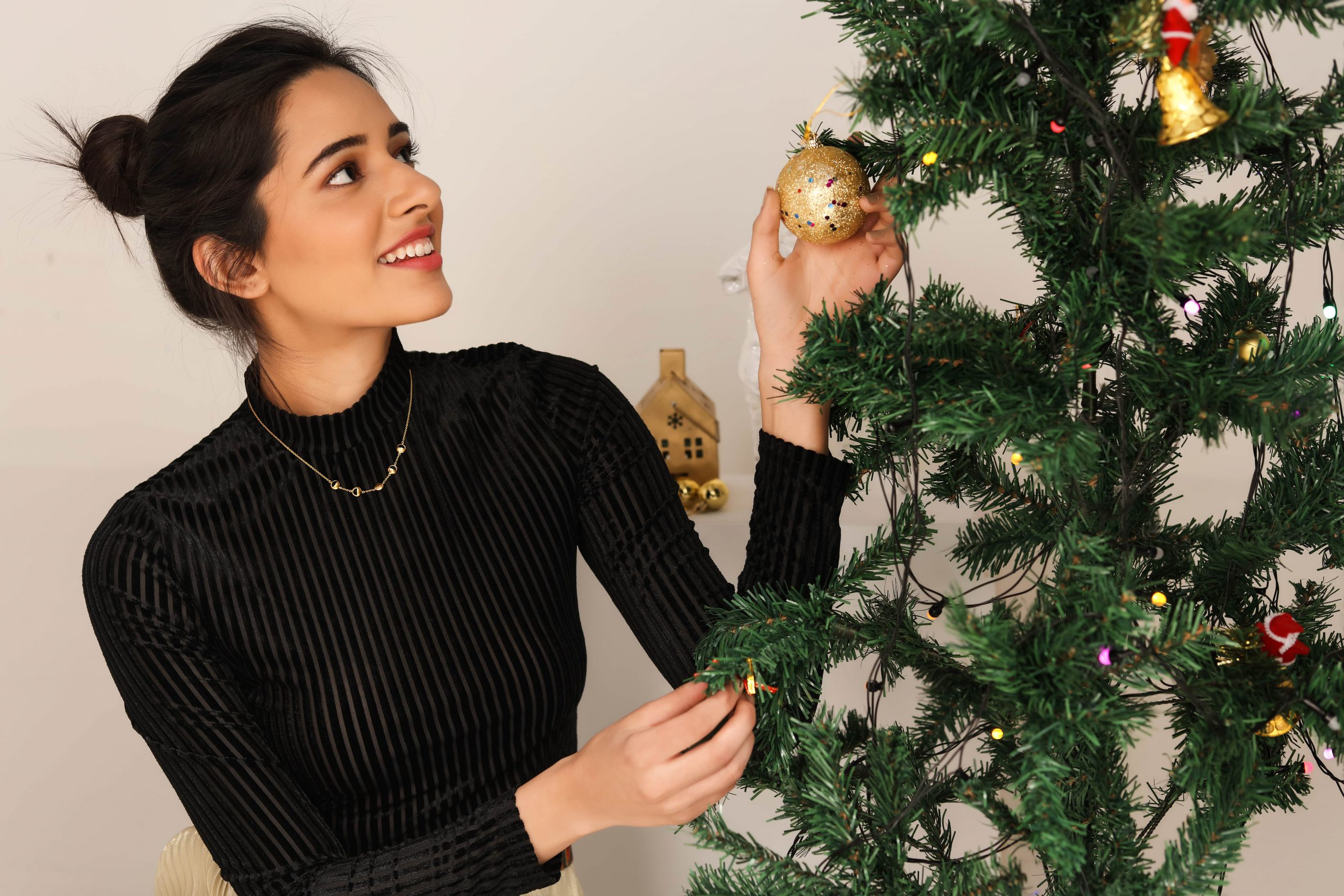 5 Reasons for Christmas Goodness - in Gold!
