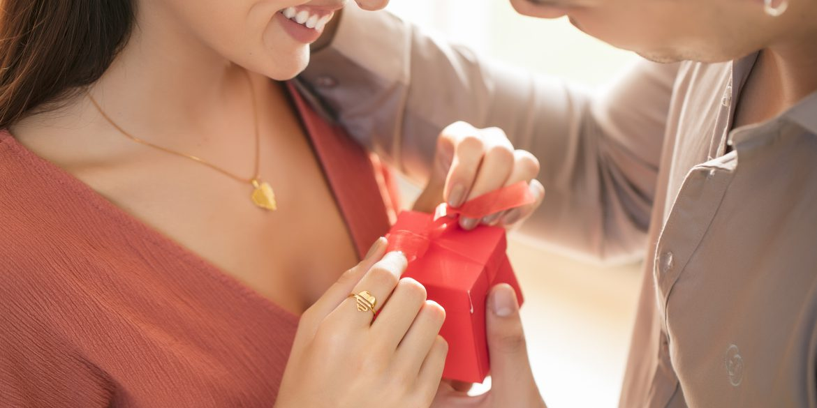 Foolproof Guide on How to Uplift Your Gifting Game! #Gifting