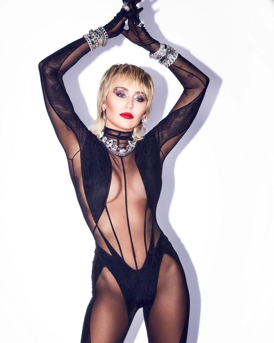 @Mileycyrus