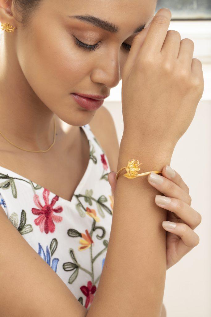Joy O Flora Gold Bangle